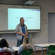 Diplom-Psychologe Herr Kolbe unterstützt unsere MSS3